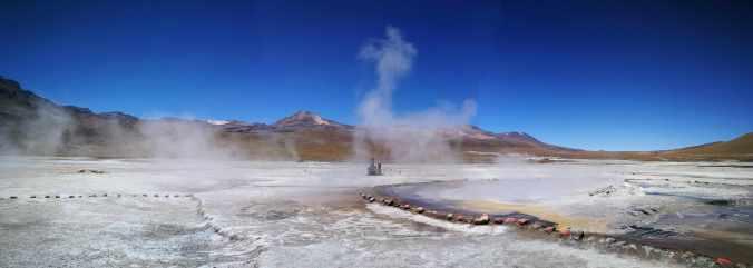 Geysers del Tatio Chile Atacama